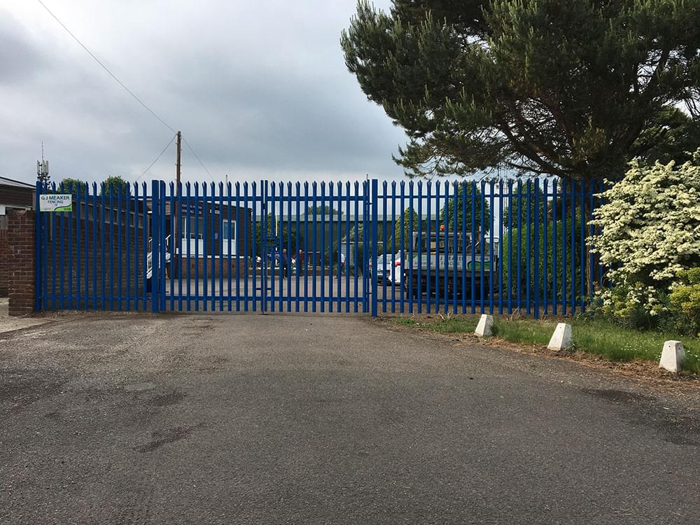 165 Security fencing