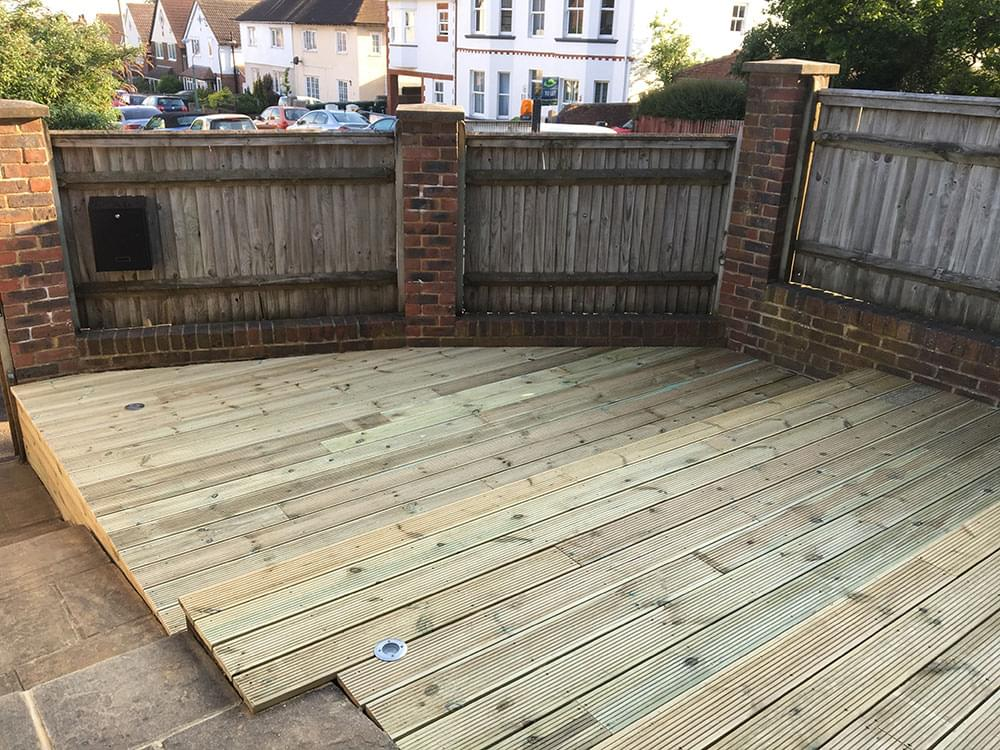 125 Stepped decking