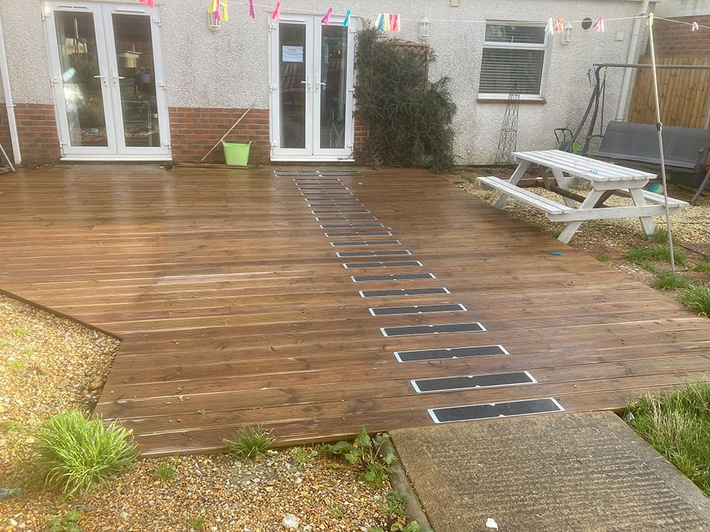122 Decking and anti slip boards